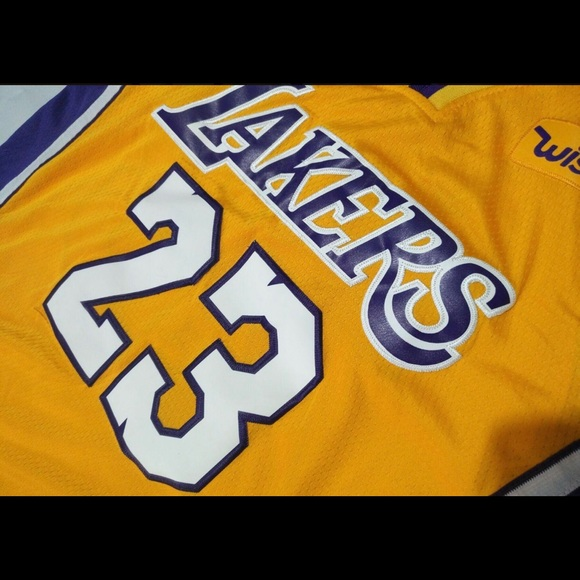 quality design 2056f 8176b Lebron James Stitched Lakers Jersey NWT